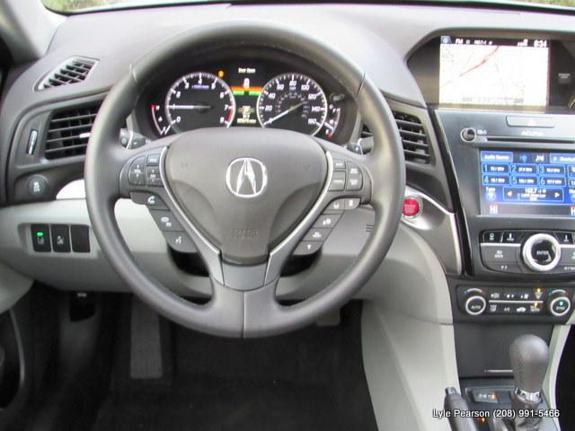 Pre-Owned 2016 Acura ILX 4dr Sdn w/Technology Plus Pkg