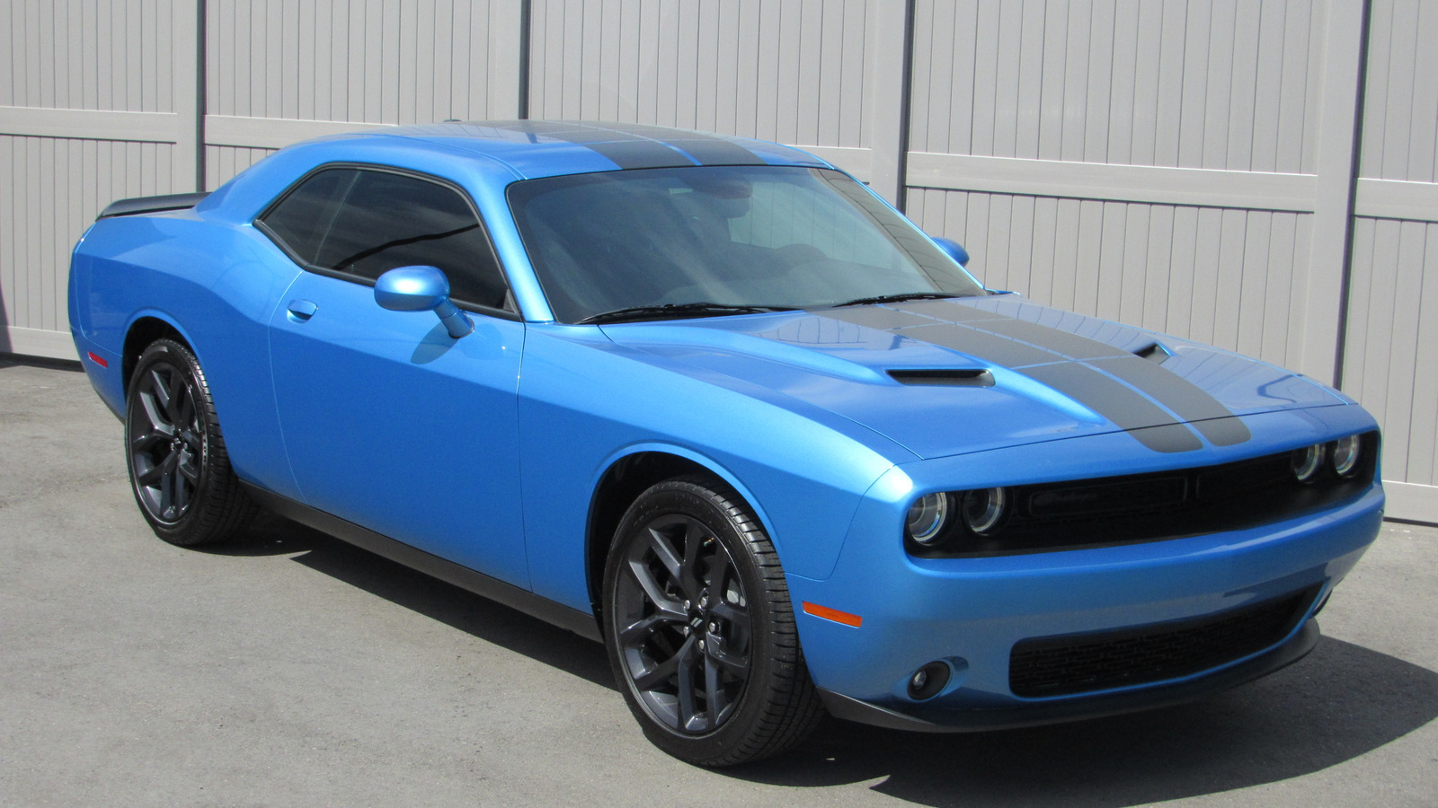 Pre-Owned 2019 Dodge Challenger SXT RWD