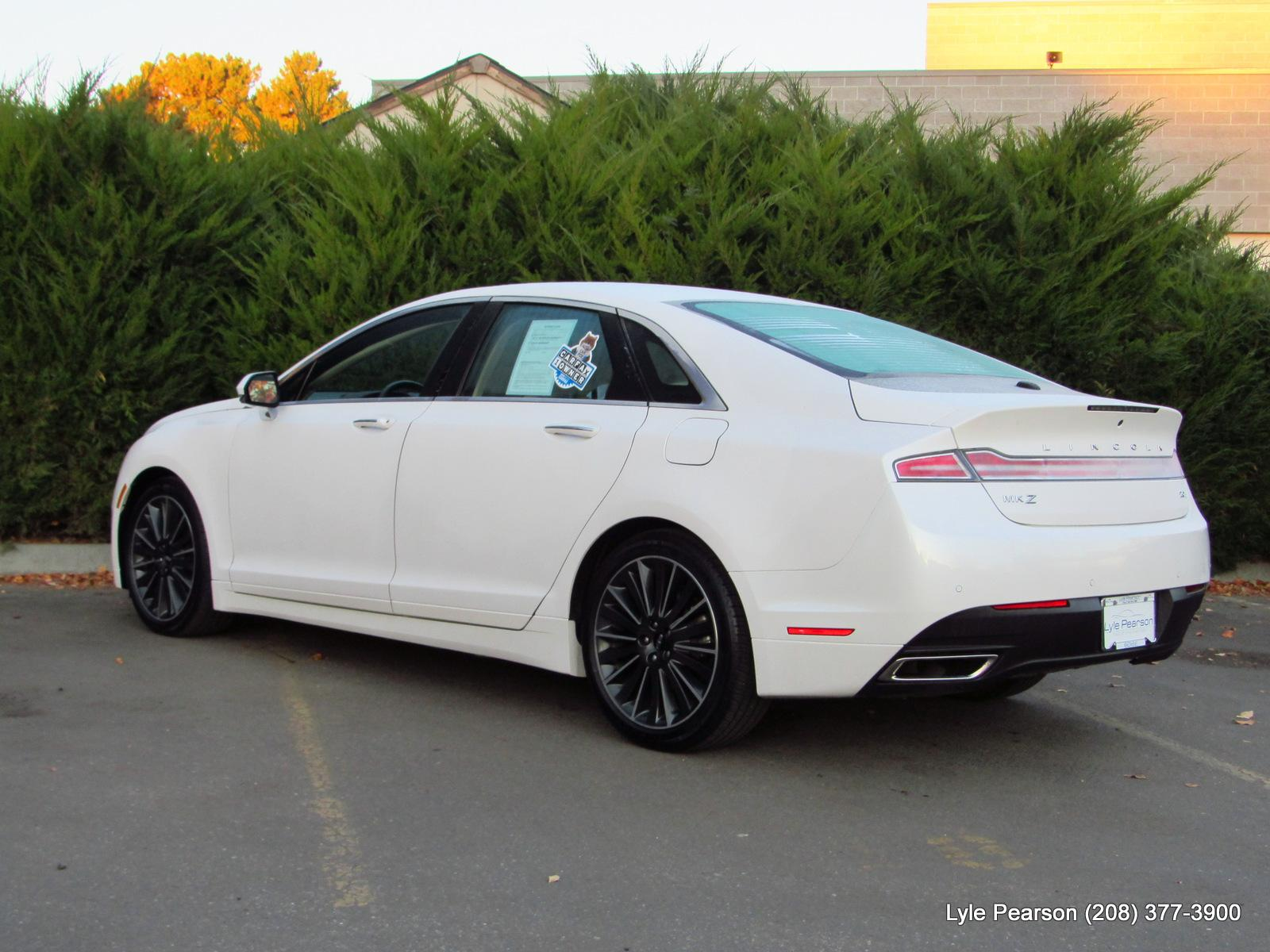 Pre-Owned 2016 Lincoln MKZ 4dr Sdn Hybrid FWD