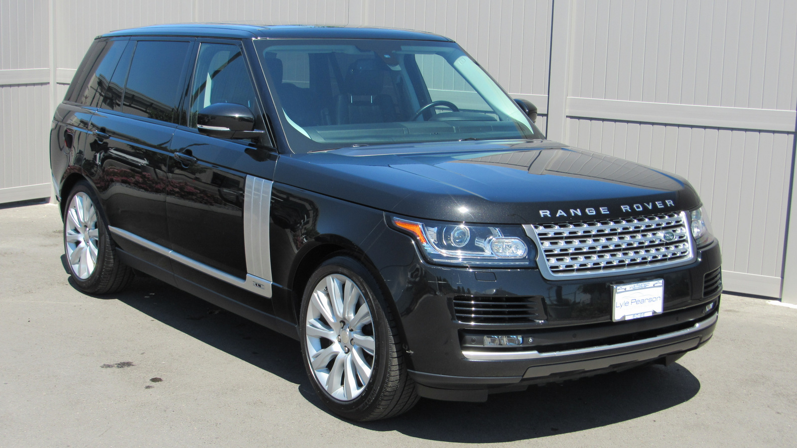 Pre-Owned 2015 Land Rover Range Rover 4WD 4dr Supercharged LWB