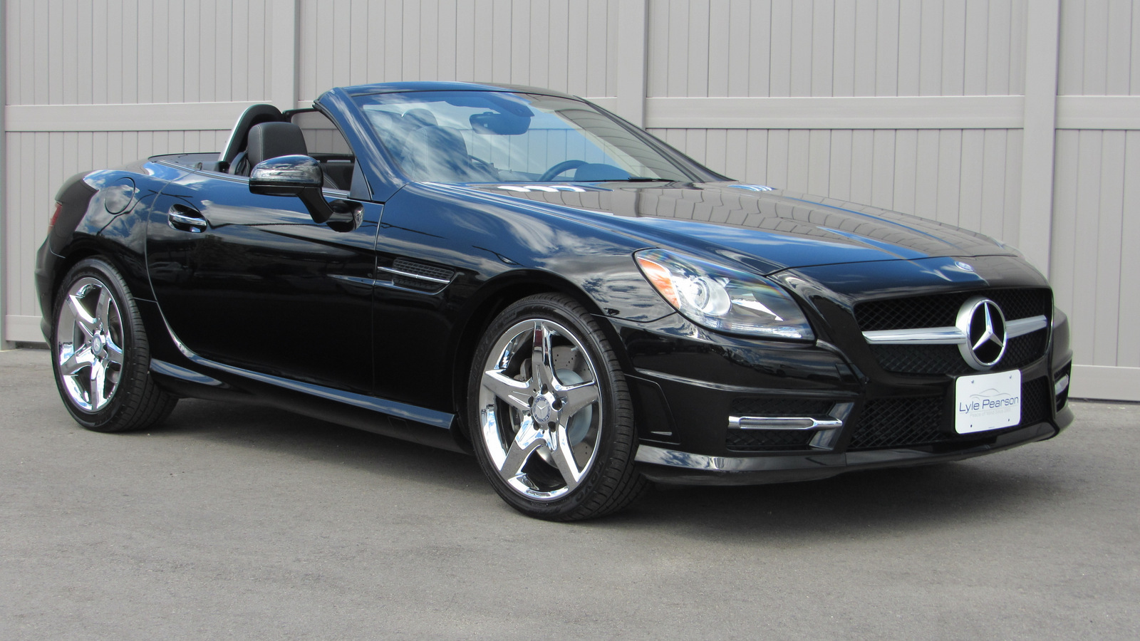 Pre-Owned 2015 Mercedes-Benz SLK 2dr Roadster SLK 250