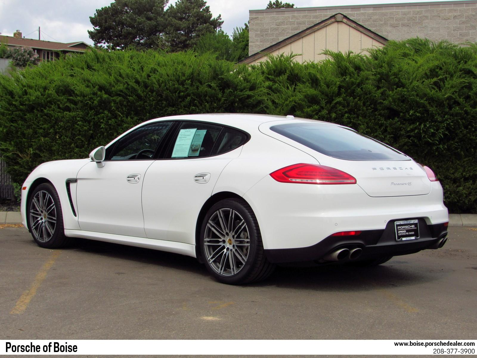 Pre-Owned 2015 Porsche Panamera 4dr HB 4S
