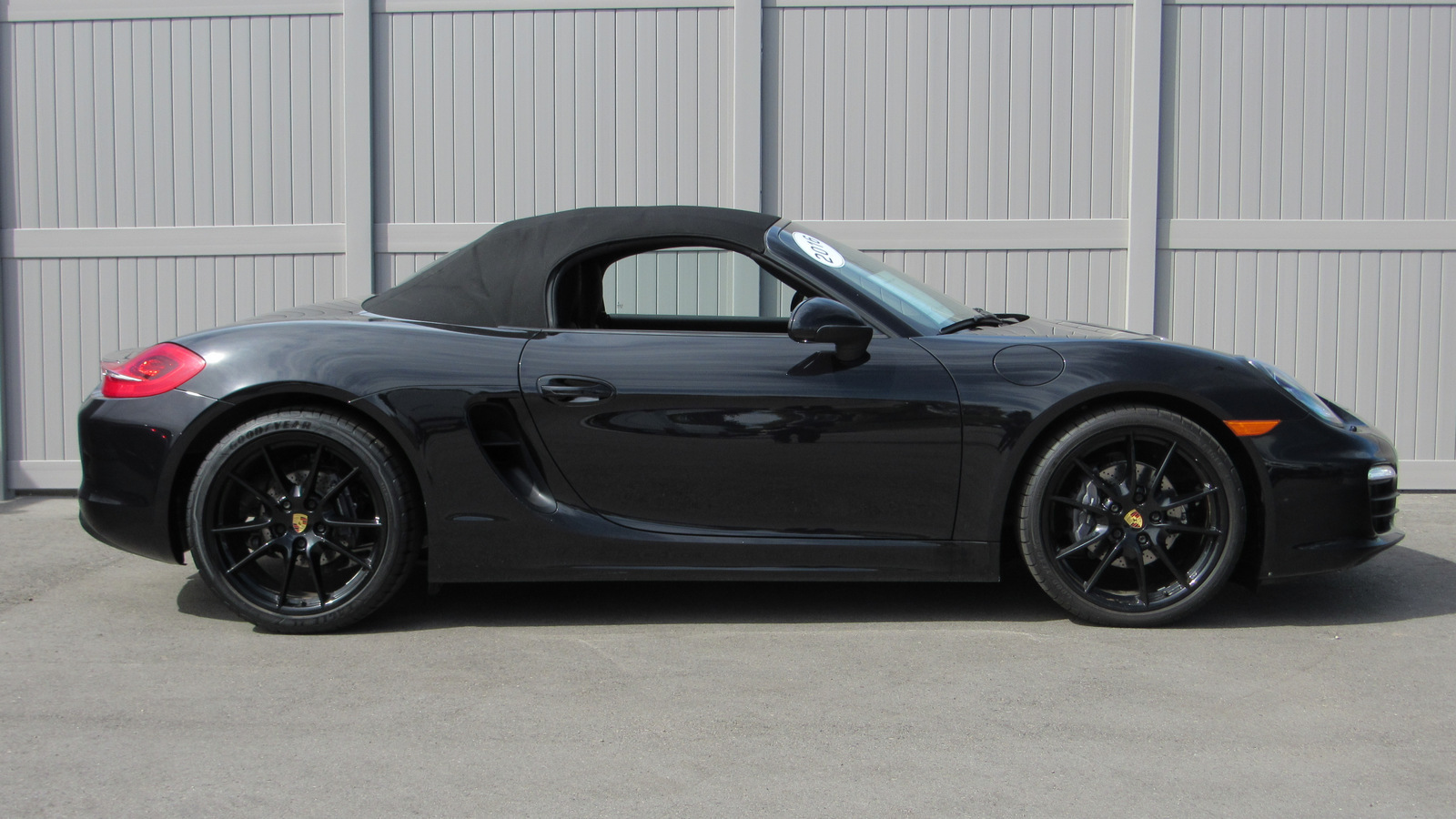 Certified Pre-Owned 2016 Porsche Boxster 2dr Roadster Black Edition