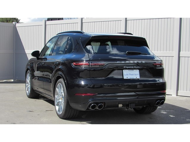 New 2019 Porsche Cayenne Turbo