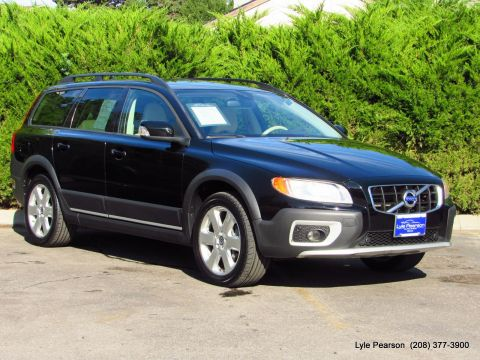 Pre-Owned 2009 Volvo XC70 4dr Wgn 3.0T w/Sunroof